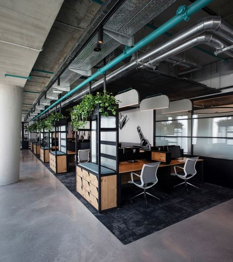 3b1a2d2dfb657 Office Tour  Nike Communications Offices – New York City