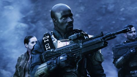 Taking Place Between The Events Of Halo 4 And Halo 5 Guardians Halo Nightfall Film Releases Halo Halo Guardians