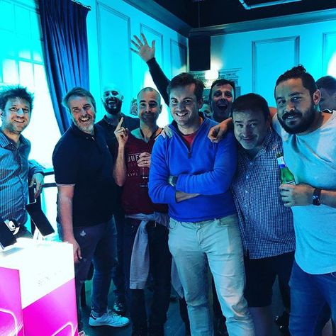 "Dan Grabham on Instagram: ""Good times with this lot at the Honor 8X launch last night! 😀 . . . . . . . . . #honor #huawei #android #technology #phone #mobile #phones…"""