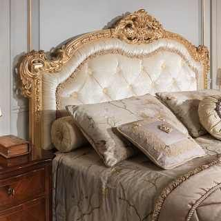 Classic Luxury Bed 800 Francese Capitonne Headboard Bed In Gold Leaf Walnut Nigh Bedroom Furniture Makeover Master Bedroom Interior Design Luxurious Bedrooms