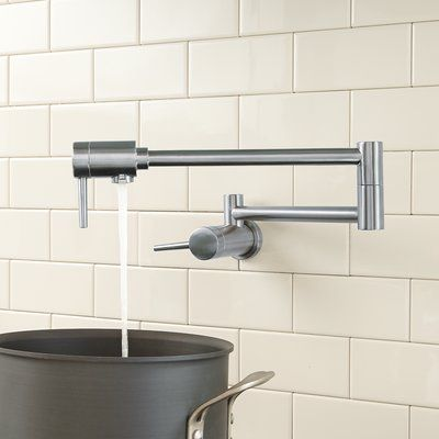 Open Box Delta Fuse Single Handle Pull-Down Kitchen Faucet Stainless Steel