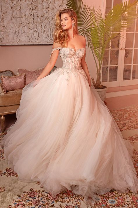 """Think Pink: Our 8 Favorite Blush Wedding Dresses Fashion-forward brides are thinking pink! Our 8 favorite blush wedding dresses give the term """"blushing bride"""" new meaning. Pink Wedding Dresses, Wedding Dress Trends, Princess Wedding Dresses, Designer Wedding Dresses, Bridal Dresses, Wedding Dress Corset, Blush Dresses, Blush Colored Wedding Dress, Blush Wedding Dresses"""