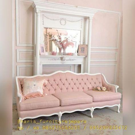 Tufted pink sofa | Furniture I love! | Pinterest | Pink sofa, Shabby ...