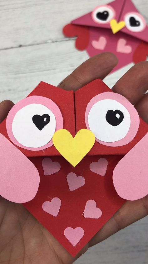 Quick LAST MINUTE make! If you need a quick Valentine's Gift or Valentine's Cards for kids to make this week - check out these adorable Valentine's Day OWL Bookmarks. Part of an extensive collection of Corner Bookmarks Designs to suit ALL occassions! Enjoy!!!!!
