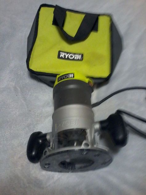 Ryobi Fixed Base Router 1-1//2 Peak 8.5 Amp Corded Depth Adjustment Spindle Lock