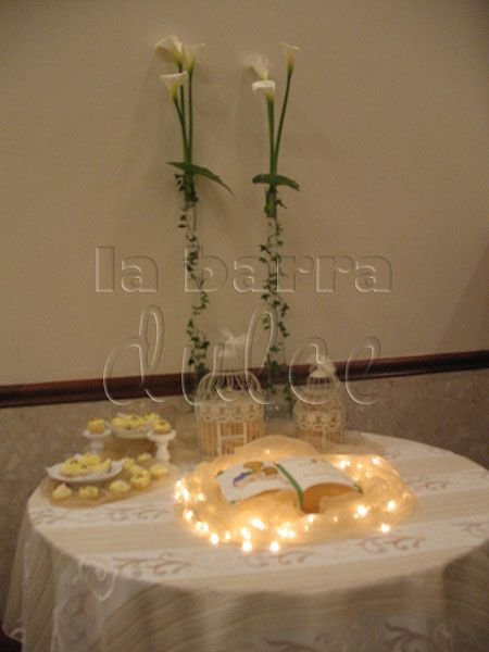 Primera comunion First communion Bible cake Biblia pastel tarta torta dorado caliz copa uvas pan manto luces oro libro book mold wilton molde Guatemala #labarradulce #Guatemala