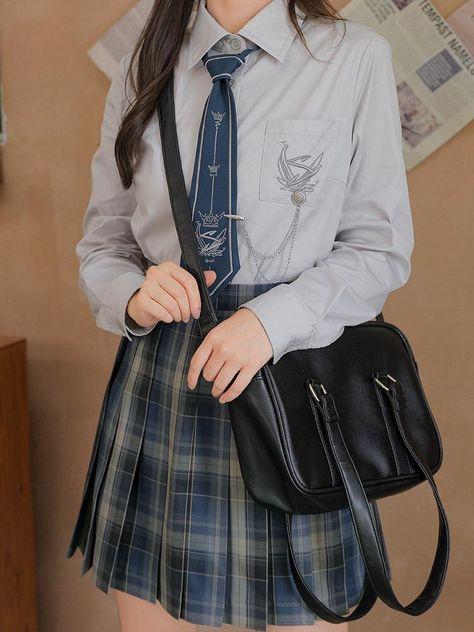 School Uniform Outfits, School Dresses, Harajuku Fashion, Kawaii Fashion, Fashion Outfits, Private School Uniforms, Male Sweaters, Japanese Uniform, Kawaii Clothes