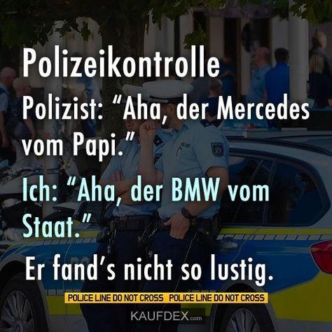 Polizeikontrolle. Polizist: