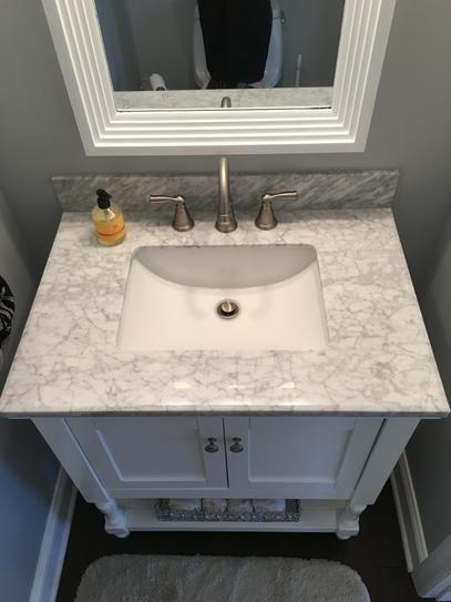 Virtu Usa Julianna 32 In W Bath Vanity In White With Marble
