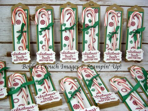 Hi Friends, I have one more Christmas treat holder to share with you. I just love candy canes. I remember as a little girl pu.
