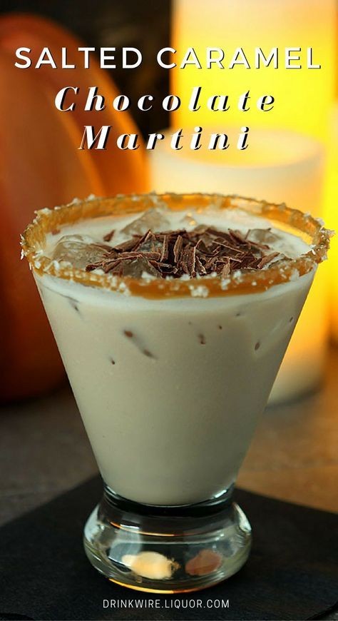 This fun dessert-type cocktail is really a great combination of flavors; sort of like a favorite milkshake but with a nice hit from vodka. Chocolate, caramel and sea salt are the perfect mixers in this cocktail. Christmas Cocktails, Holiday Drinks, Fun Drinks, Yummy Drinks, Mixed Drinks, Beverages, Christmas Martini, Dessert Drinks, Refreshing Drinks