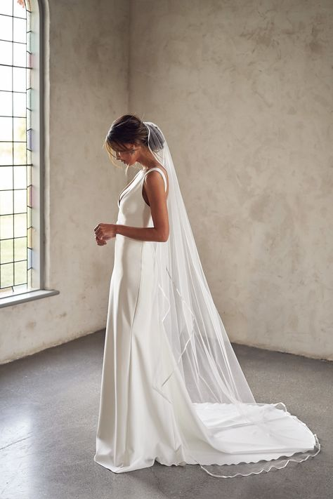 'Lumière' – The Ethereal New Bridal Collection by Anna Campbell