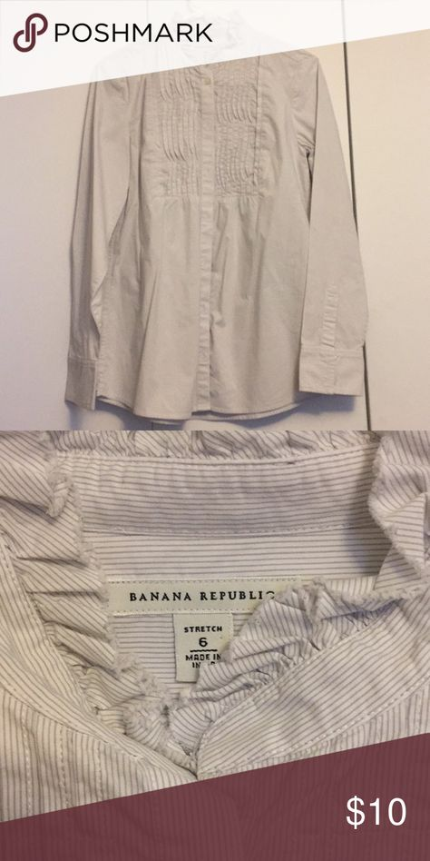 f6327853f63c9 Banana republic button up Great condition Banana Republic Tops Button Down  Shirts