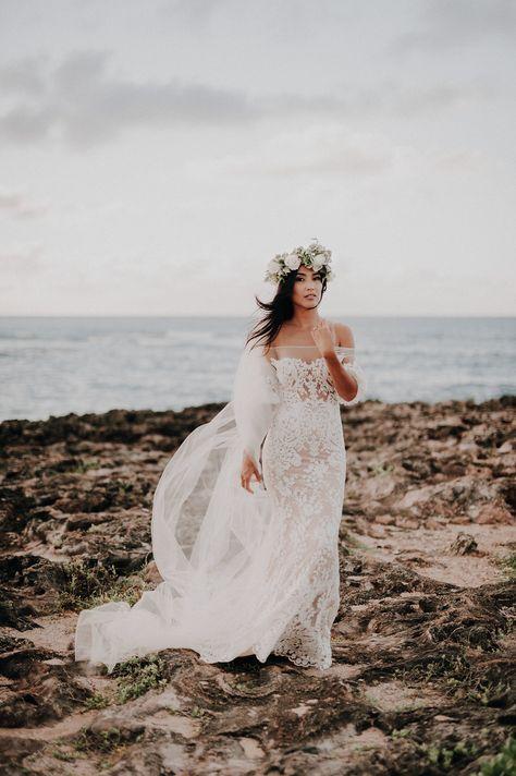 Super Bridal Veil Lace Flower Crowns Ideas Hawaii Wedding Dress Beach Wedding Dress Beach Wedding Gown