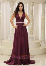 Fashion V-neck Burgundy Brush Train For Mother Of The Bride Dress Belt Customize In Montana - US$138.29http://www.dresses100.com/fashion-evening-dresses_c90 Winter charming tight evening dresses & gowns