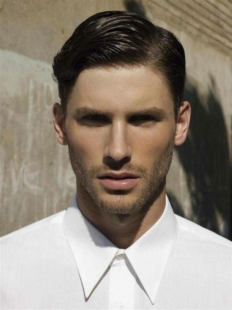 un modello che sfoggia un taglio capelli uomo corti abd874250fe8