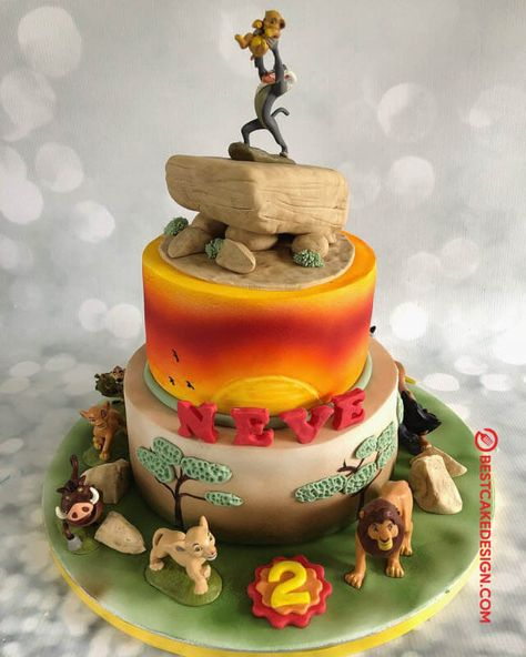 50 Most Beautiful looking Lion King Cake Design that you can make or get it made on the coming birthday. Boys 1st Birthday Cake, Lion King Birthday, Lion Guard Birthday Cake, Lion King Cupcakes, King Cake Baby, King Cakes, New Orleans King Cake, King Cake Recipe, Lion King Party