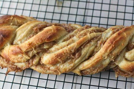 Cinnamon Pear Twist Bread