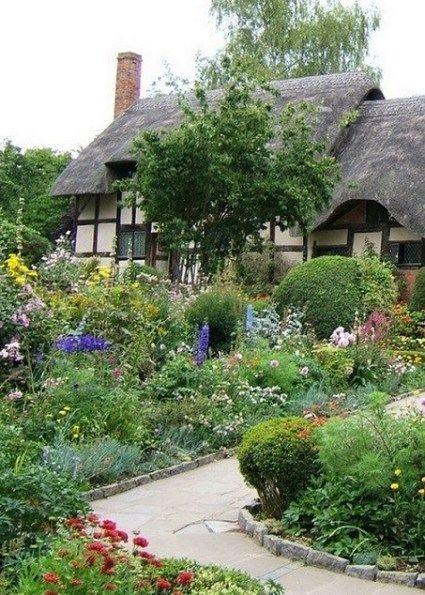 Bilbury Cottage Hutten Im Englischen Stil Englische Land Garten Cottage Garten