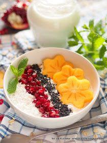 Nocna Owsianka Na Jogurcie Z Owocami Desery Breakfast Food