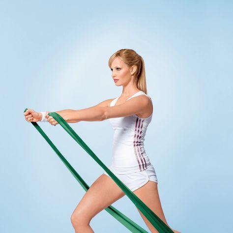 Mit dem elastischen Theraband können Sie Muskeln aufbauen, Ihre Haltung verbessern und Schmerzen lindern. Hier sehen Sie, wie das funktioniert.