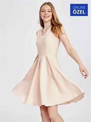V Yaka Klos Abiye Elbise Lc Waikiki Elbise The Dress Moda Stilleri