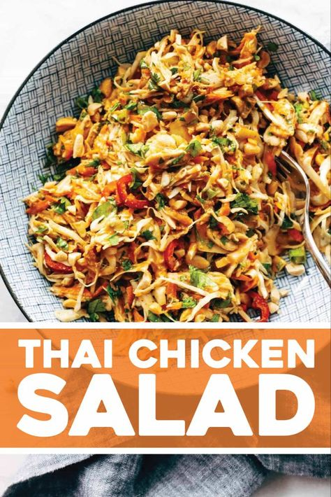 This simple chopped Thai chicken salad has BIG flavors peanut lime soy chili cilantro Topped with a homemade peanut dressing Healthy and fresh 452611831301847698 Thai Chicken Salad, Chicken Salad Recipes, Chicken Flavors, Recipe Chicken, Chicken Chili, Healthy Chicken, Asian Recipes, Healthy Recipes, Cooking