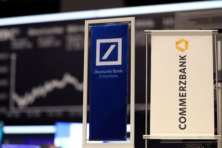 Deutsche Bank And Commerzbank Germany S Two Largest Lenders In Merger Talks German Government Deutsch Workers Union