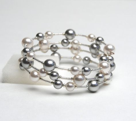 Large Wrist Floating Pearl Memory Wire Bracelet - Swarovski Pearl Bracelet in White and Silver Gray - Plus Size Bracelet - Handmade Jewelry