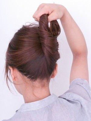 自分でできる 簡単すっきり 夜会巻き のやり方 簡単 ヘアアレンジ 簡単 ヘアアレンジ ロング 簡単ヘア