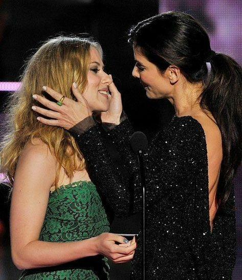 Salma hayek kiss scene