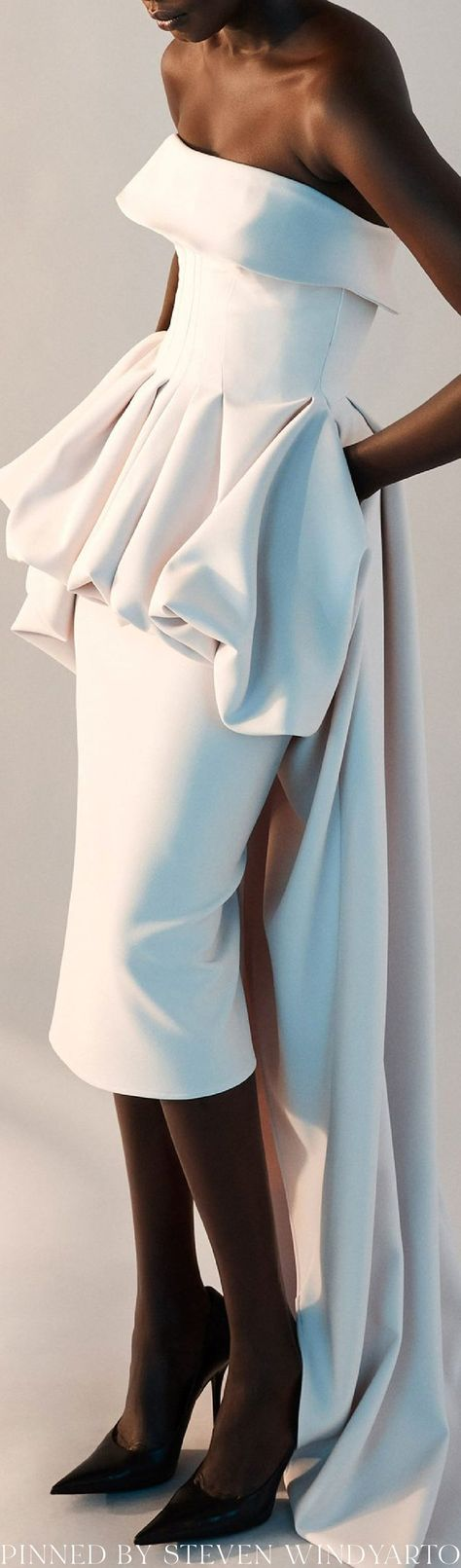 Maticevski Spring 2022 Lookbook - Situational Strapless Midi Gown #spring2022 #ss22 #womenswear #tonimatičevski