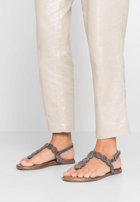 T bar sandals pewter @ Zalando.co.uk </p>                     </div>                     <!--bof Product URL -->                                         <!--eof Product URL -->                     <!--bof Quantity Discounts table -->                                         <!--eof Quantity Discounts table -->                 </div>                             </div>         </div>     </div>              </form>  <div style=