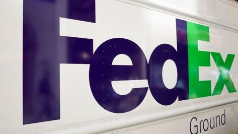 FedEx SWOT Analysis for 2021: 25 Major Strengths and Weaknesses