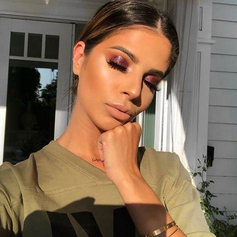 Instagram Vs Reality Sunlight Made Me Sneeze Wearing