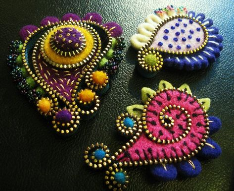 The W's: Felt/Zipper crafts