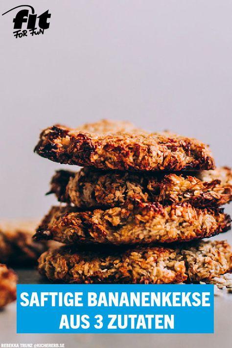 Für diese saftigen Bananenkekse von Bloggerin Rebekka benötigst du lediglich drei Zutaten. Schnell gemixt und gebacken – fertig! #backen #Banane #vegan #vegetarisch #schnelleRezepte