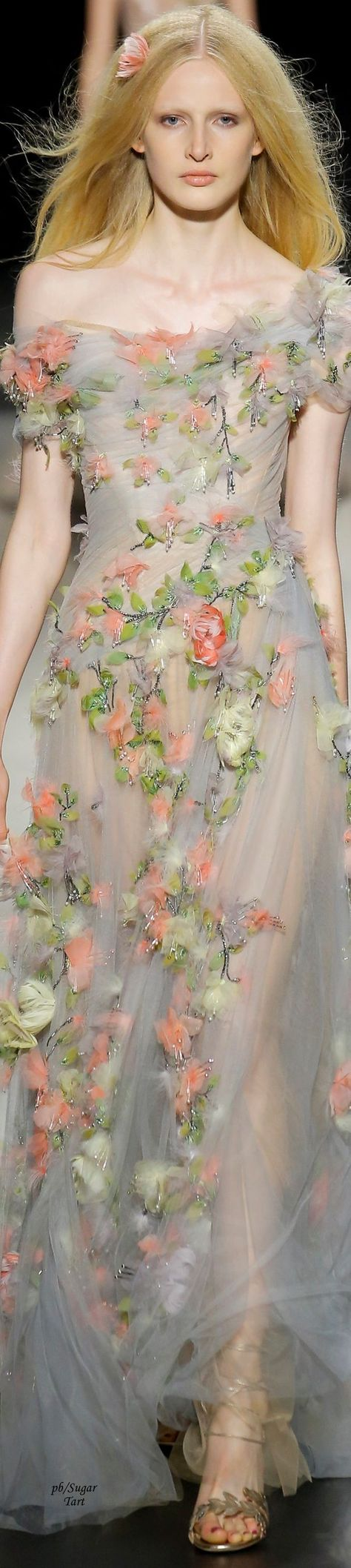 Marchesa Spring 2018 Ready-to-Wear Collection