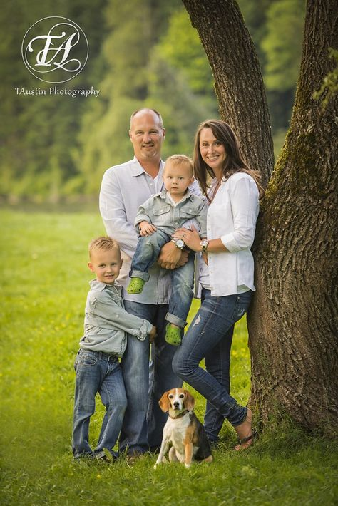 14 best family photos with dog images on pinterest family pics family pictures and family photos
