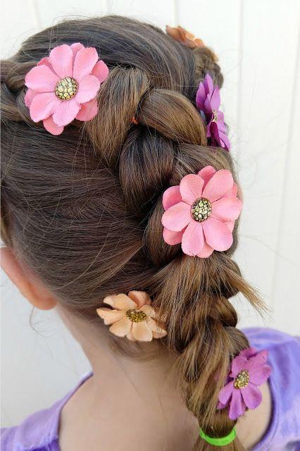 Easy Rapunzel Braid Sunshine And Munchkins Rapunzel Braid Rapunzel Hair Inspiration
