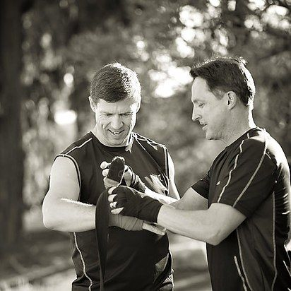Wrapping it up! Fight on: | 23 Awesomely Athletic Ideas For Engagement Photos