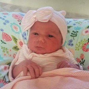 Hospital Recien Nacido Recien Nacido Bebe Nina Gorro Con Lazo Rosa