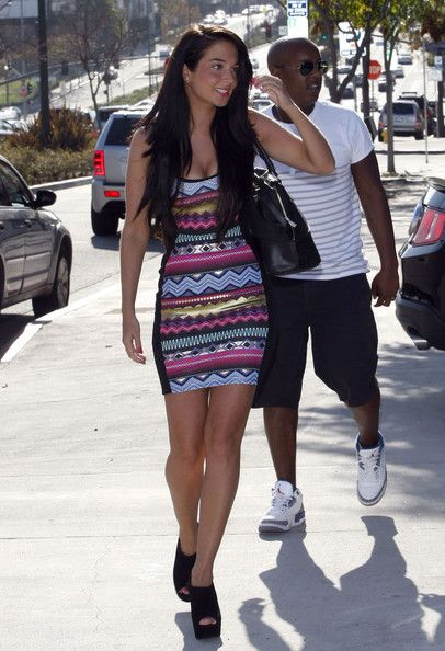 Tulisa Contostavlos - Tulisa Contostavlos Out And About In Los Angeles