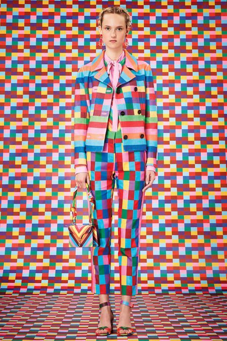 Does this count as rainbow stripes inspo? I'm filing it under rainbow stripes inspo anyway