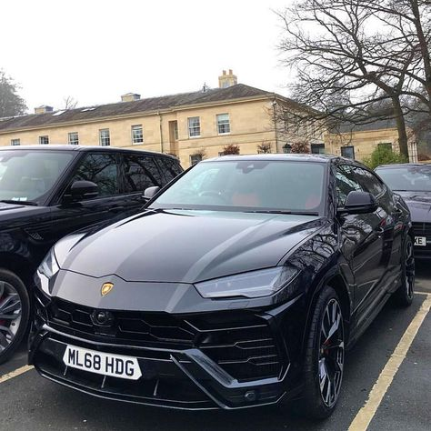 Super Sport Cars, Super Cars, Business Baby, Top Luxury Cars, Lux Cars, Luxury Lifestyle Women, Lamborghini Cars, Bugatti Veyron, Car Brands