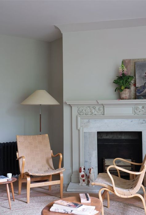 A relaxed green-grey Ash Grey has a relaxed feel that makes it suited to any space, particularly when combined with the slightly warmer Skimmed Milk White on woodwork. For a more modern look, try teaming with a lighter Snow White trim. The underlying green in this shade means that it will appear more intensely coloured in natural daylight and greyer in areas of low light. Recommended Primer & Undercoat: Mid Tones Complementary white: Snow White Olive Green Paints, Sage Green Paint, Green Paint Colors, Green And Grey, Ash Grey, Grey Paint, Wall Colours, Room Colors, Pink Grey
