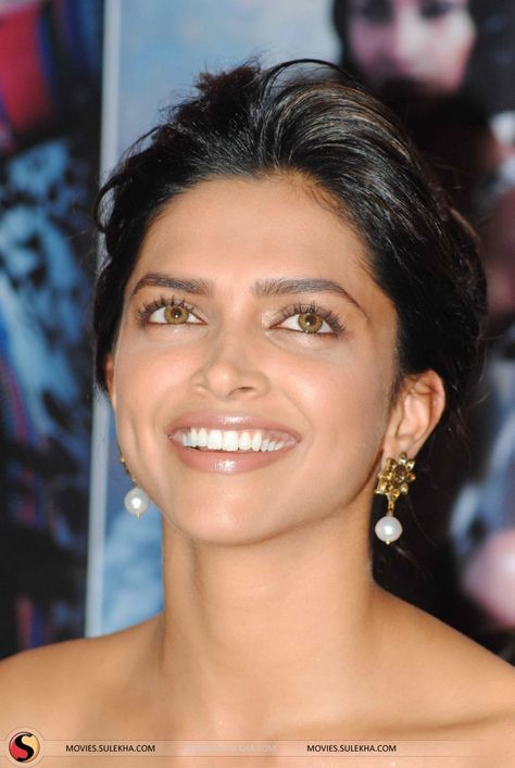 Bolywood Actress Deepika Padukone Arrives For The Screening Of The Beauty Indian Bollywood Actress Deepika Padukone