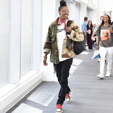 """Diamond DeShields on Instagram: """"If it was easy everybody would do it. ——@by.bistro with the TOUGHH cut and sew on the jacket (for those wondering)"""""""