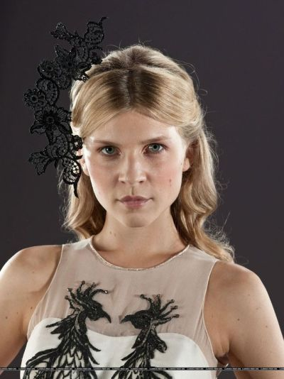 Fleur Delacour Clemence Poesy Wedding Dress Harry Potter And The Deathly Hallows Pt 1 201 Fleur Harry Potter Clemence Poesy Harry Potter Harry Potter Girl