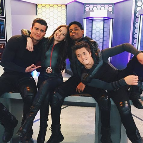 lab rats bionic island spin actor